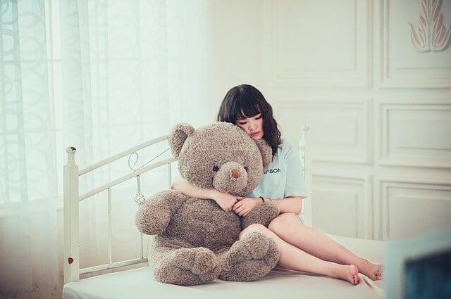 חדר שינה, דובי, אישה, חיבוק, שינה בריאה