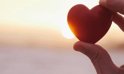 לב אדום, שקיעה, אהבה