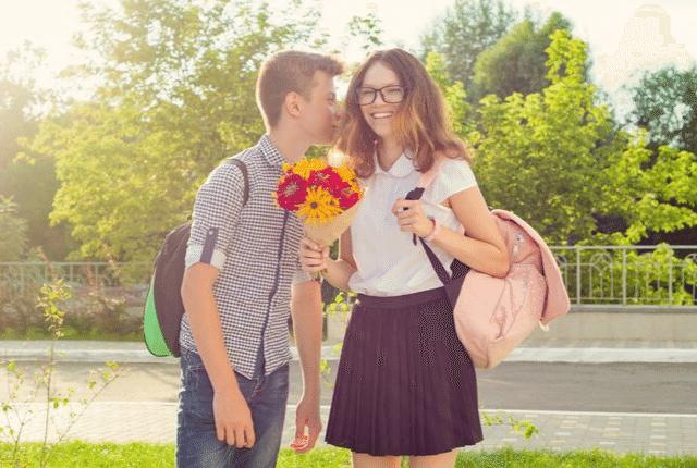 נער בגיל ההתבגרות, חבר וחברה צעירים