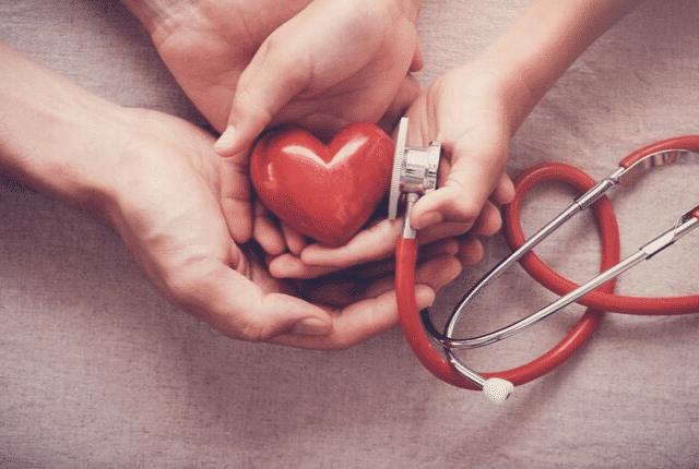 בריאות, עזרה, לב אדום, הושטת עזרה