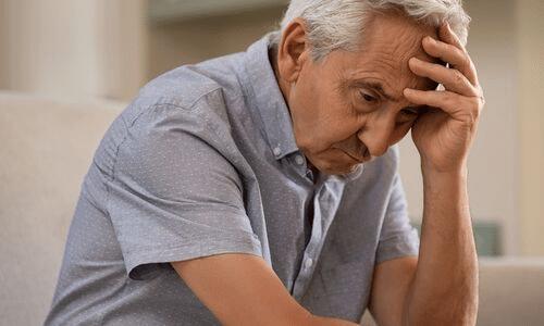 דיכאון אצל קשישים, עצבות, ייאוש וחרדות