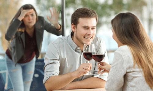 התמודדות עם בגידה, תפיסה על חם, קשר עם אישה אחרת