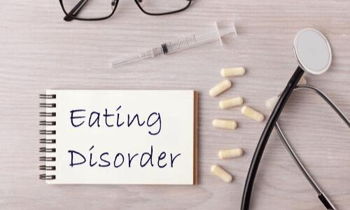 טיפול בהפרעות אכילה, רופא, זריקות, אנרוקסיה