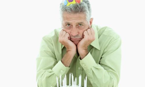 עצבות ביום ההולדת, מעבר גיל קשה
